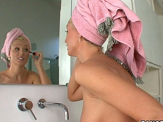 Glamorous babe Diana with natural tits is having amazing penetration