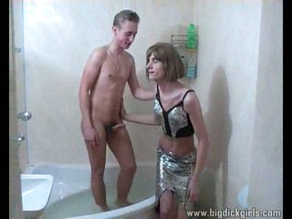 Teen crossdresser gets analed hot