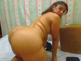 Big booty MILF