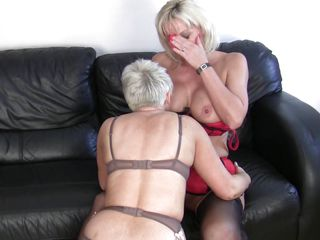 mature blond lesbos having fun and hard sex