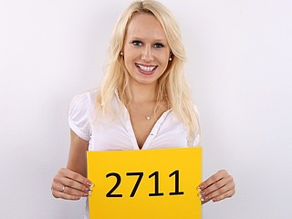 CZECH CASTING - Magic Large Boobs VERONIKA (2711)