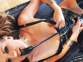 Watch beautiful Mia Rose masterbate.