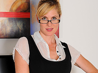 Desirable office executive masturbates with two toys on her break