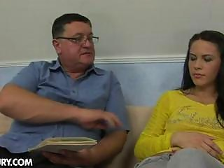 Amateur fucks the driving instructor!