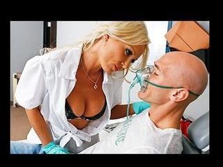 Distracted Dentist Screwed