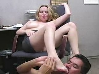 Office slut makes the janitor lick her sweaty armpit & feet