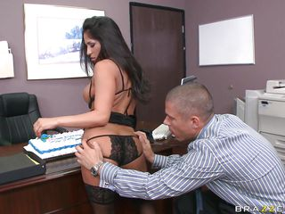jenaveve jolie acquires her tits licked on her birthday