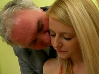 Mature old stud is fingering the petite vagina gap of blonde babe