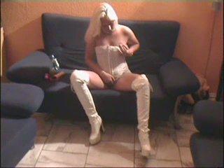 blonde bitch dirty talk - german - csm