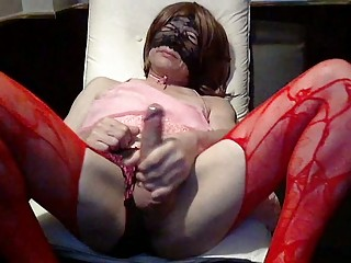 Horny crossdresser self suck
