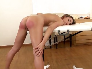 Leyla Dark gts ehr aple ass slapped coarse