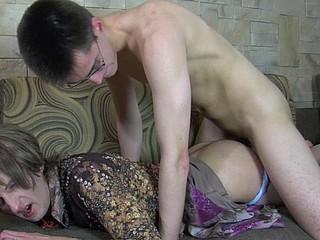 Cyrus&Walt perverted gay crossdresser clip