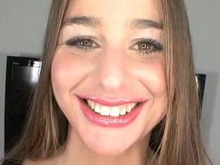 Unfathomable Mouth Beauty Swallows Jizz