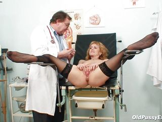 nora is getting her bald pussy examined
