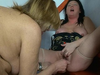 Obese granny masturbate with toy and with allies