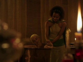 Emilia Clarke undressed in the bathroom Game Of Thrones S03E08 2013