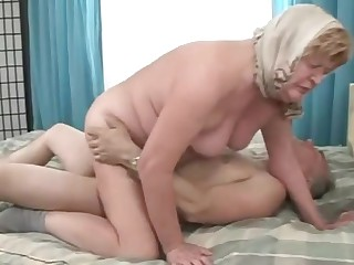 Elder grandma bends over and gets crashed doggystyle