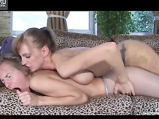 Barbara&Rosa nifty hose movie scene