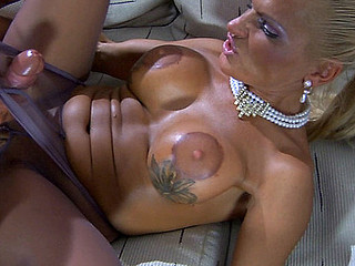 Hannah&Benjamin M mature pantyhose action
